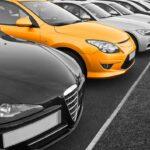 Plusieurs voitures sans plaque d'immatriculation