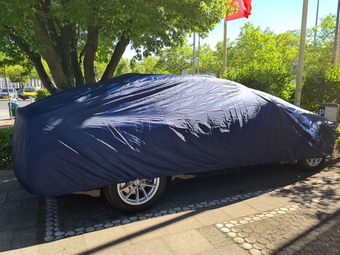 Saleté sur carrosserie voiture